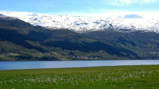 Lake Vangsvatnet in Vossevangen, Norway