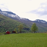 Photo Friday: Best Walk Ever (Flåm and Lunden, Norway)
