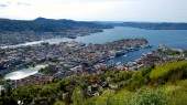 Here's Bergen in all its glory as seen from atop Mount Floyen.